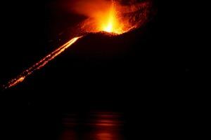 volcano-609104_960_720