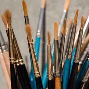 brushes-1739058_960_720