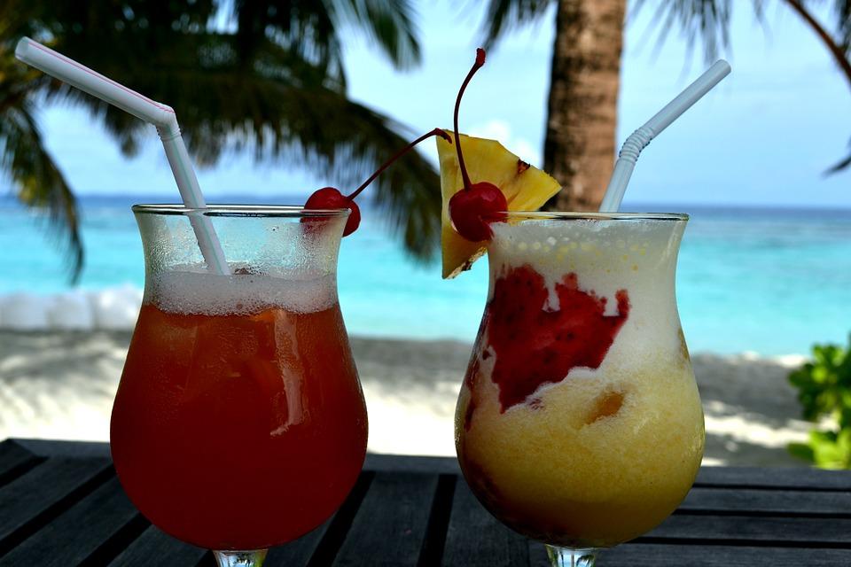 cocktails-648851_960_720