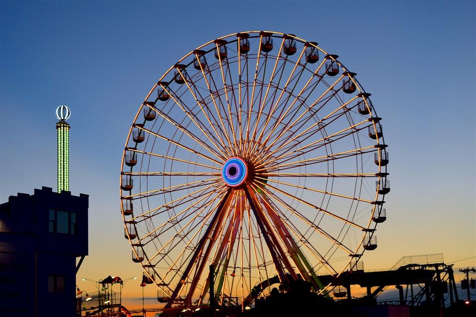 amusement-park-2595383_960_720
