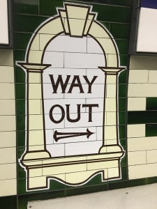 this-way-out-2114083_960_720