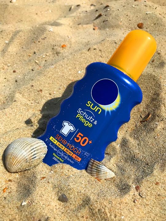 sunscreen-2372366_960_720