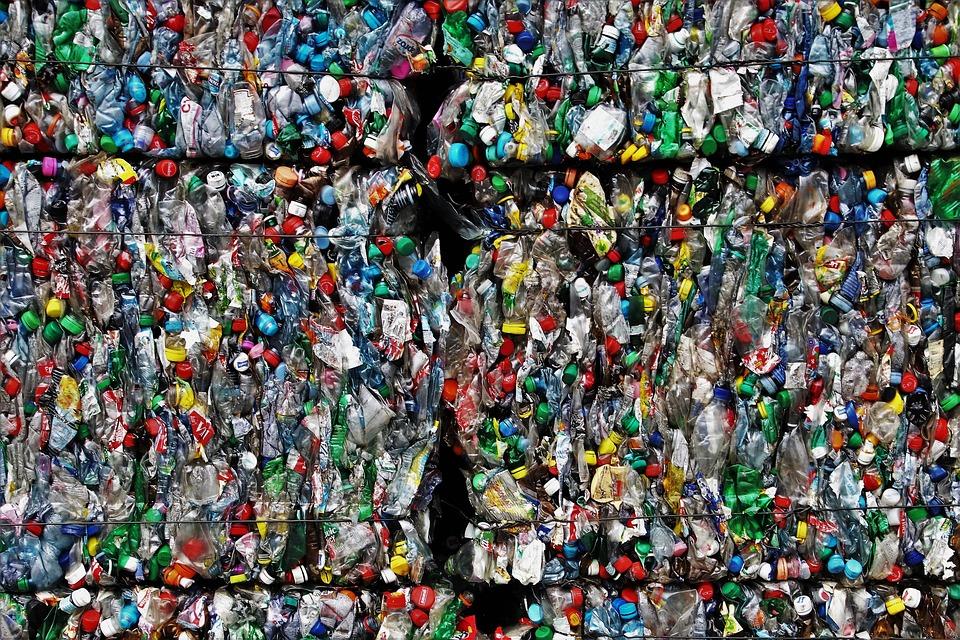 plastic-3491137_960_720